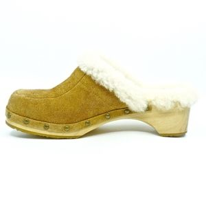 UGG Shoes - UGG~kalie~SHEARLING & SUEDE CLOGS~SIZE 8M